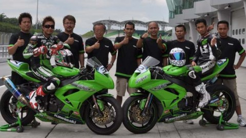 20110210Manual-Tech-Beet-Kawasaki-Racing-Team-